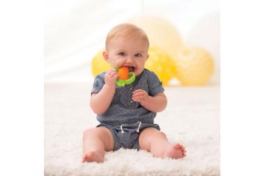 Šest znakova da vašoj bebi rastu zubići