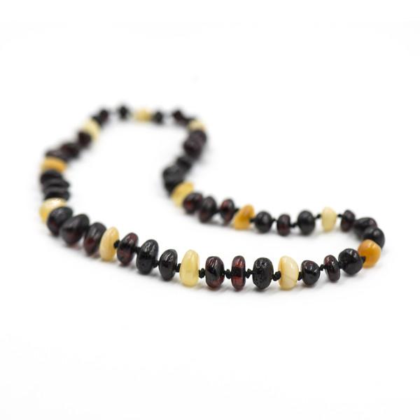 Baby line ogrlica Baroque Mat 3 višnje/1 bela